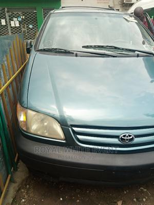 Toyota Sienna 2002 LE Green | Cars for sale in Lagos State, Ikeja