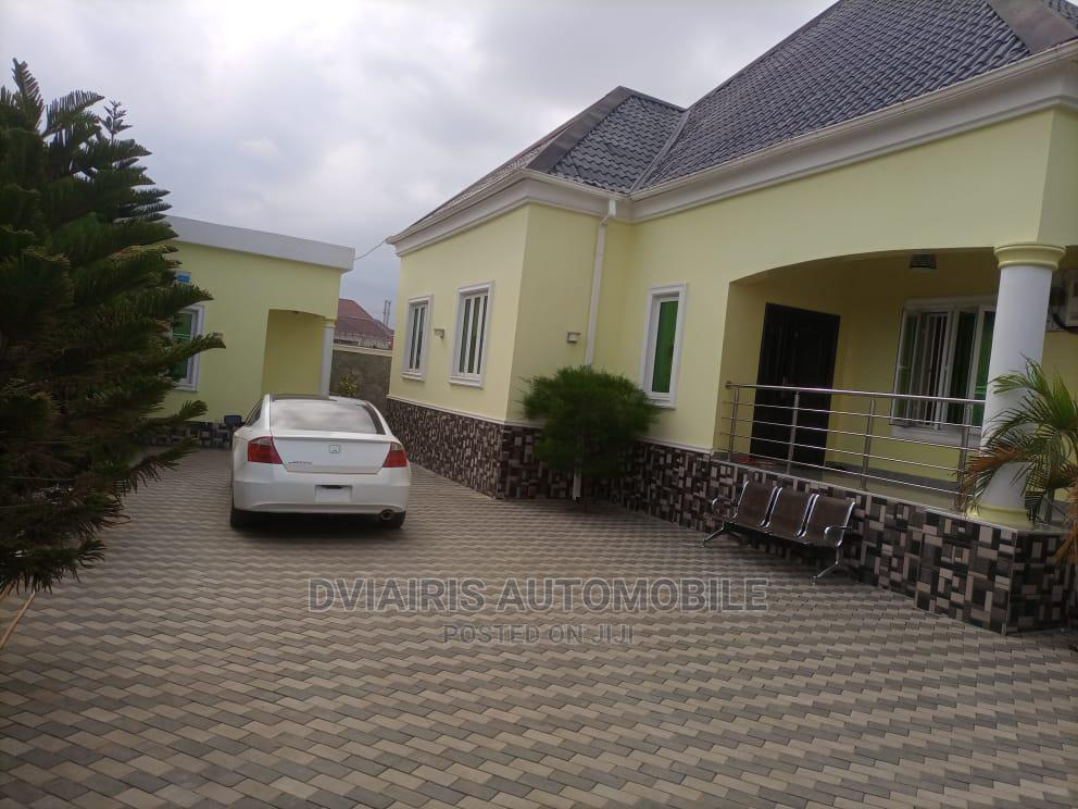 3bdrm Bungalow in Near Trademore, Lugbe District for Sale