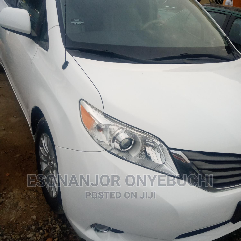 New Toyota Sienna 2014 White | Cars for sale in Garki 2, Abuja (FCT) State, Nigeria