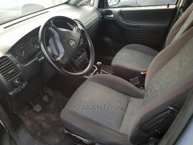 Archive: Opel Zafira 1997 Silver