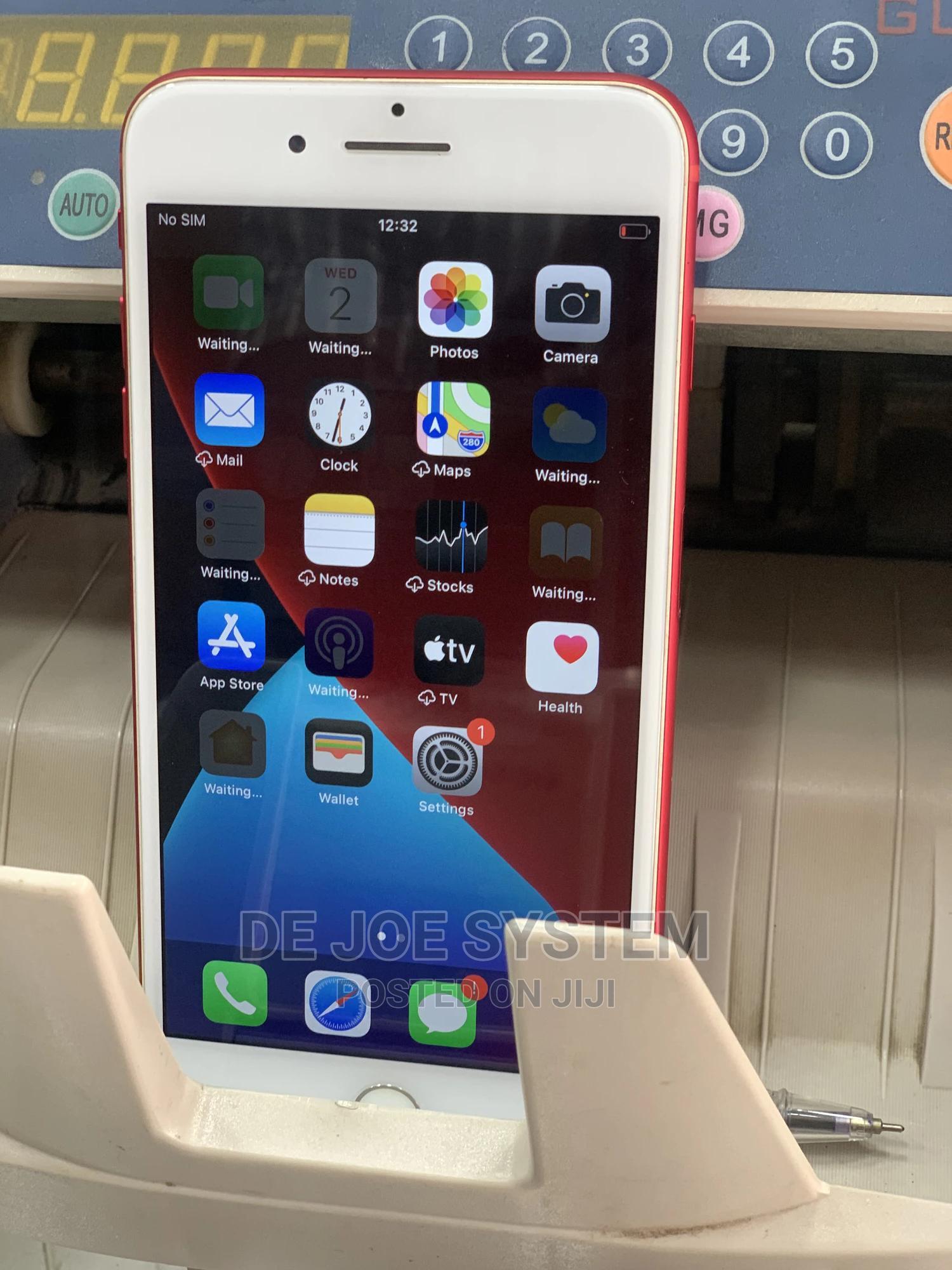 Apple iPhone 7 Plus 32 GB Red