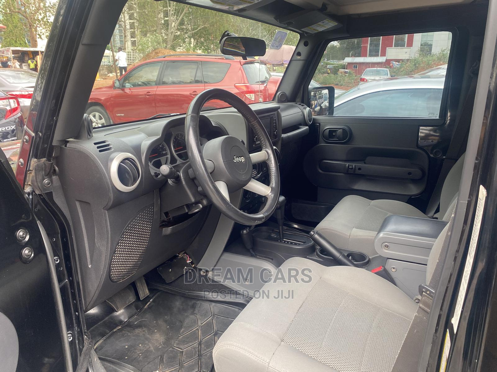 Archive: Jeep Wrangler 2008 3.8 Unlimited X 4x4 Black