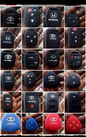 Black Rubber Remote   Vehicle Parts & Accessories for sale in Anambra State, Nnewi