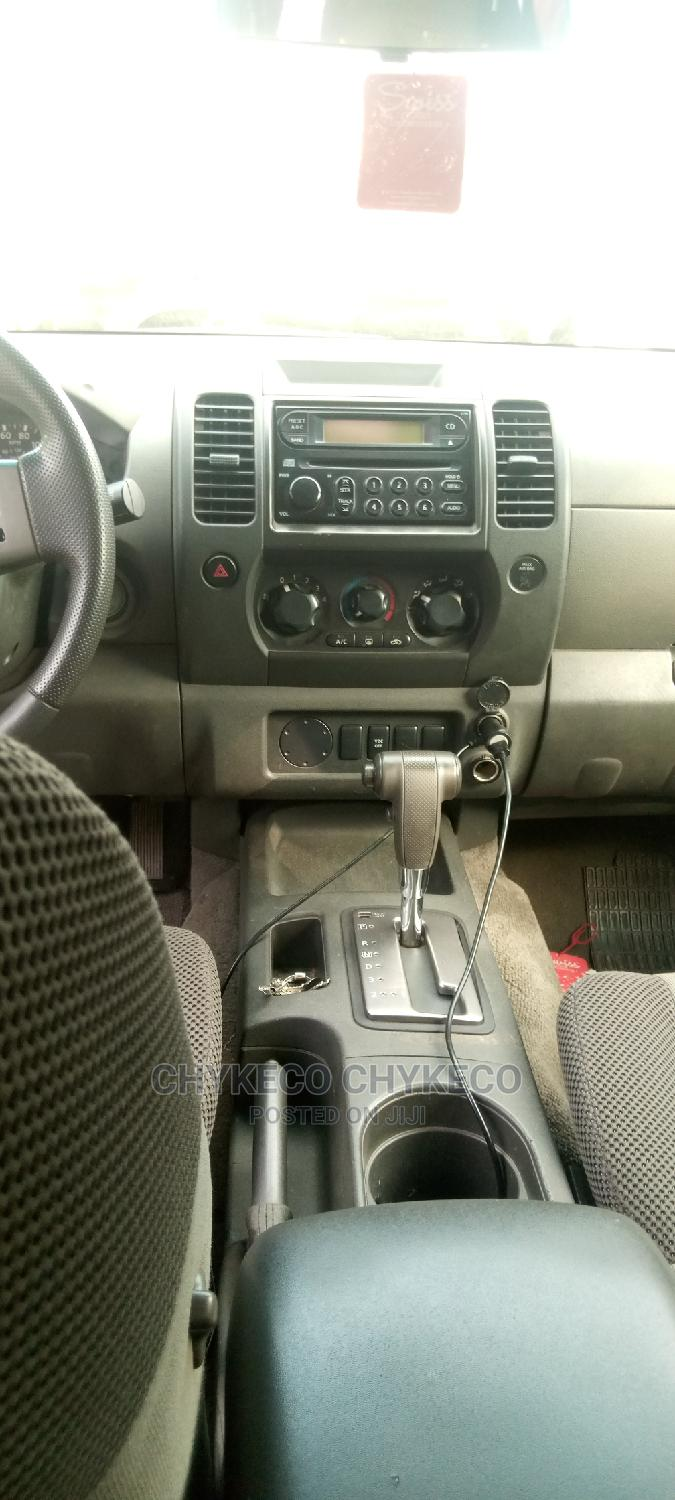 Nissan X-Trail 2002 Automatic White | Cars for sale in Central Business Dis, Abuja (FCT) State, Nigeria