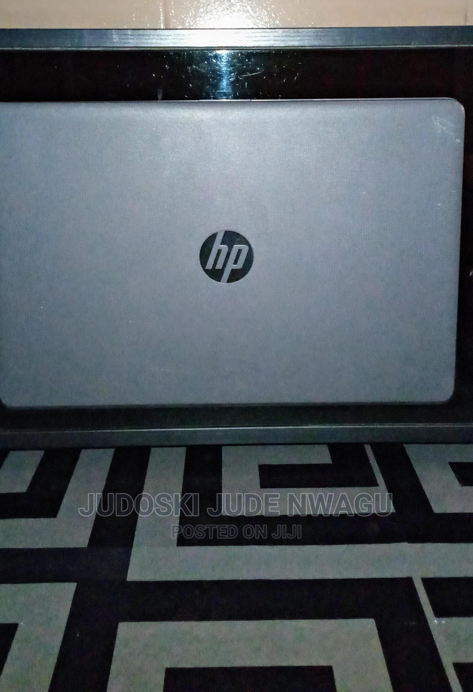 Laptop HP 255 G6 4GB AMD Ryzen HDD 500GB