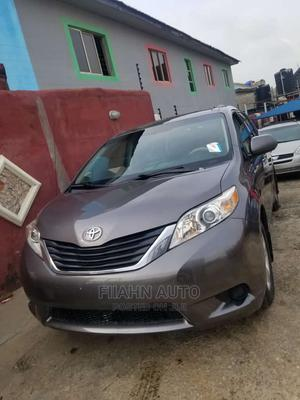 Toyota Sienna 2011 LE 8 Passenger Gray | Cars for sale in Lagos State, Ikotun/Igando