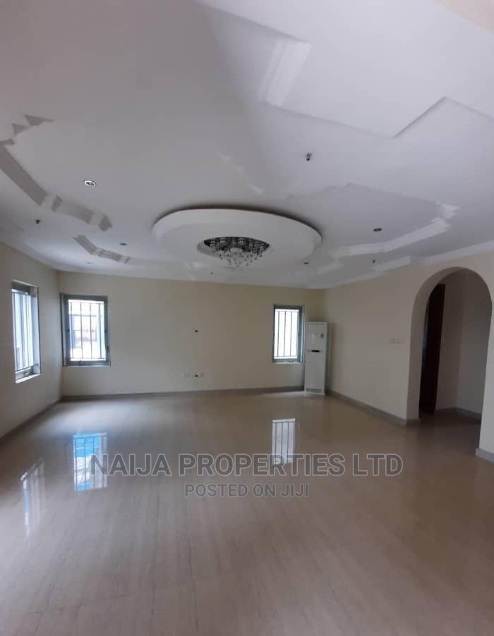 Archive: 4bdrm Duplex in St. Andrew'S Court Lekki for Sale