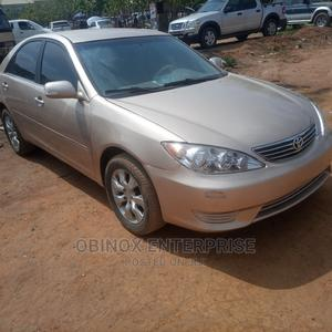 Toyota Camry 2005 Gold | Cars for sale in Abuja (FCT) State, Lokogoma