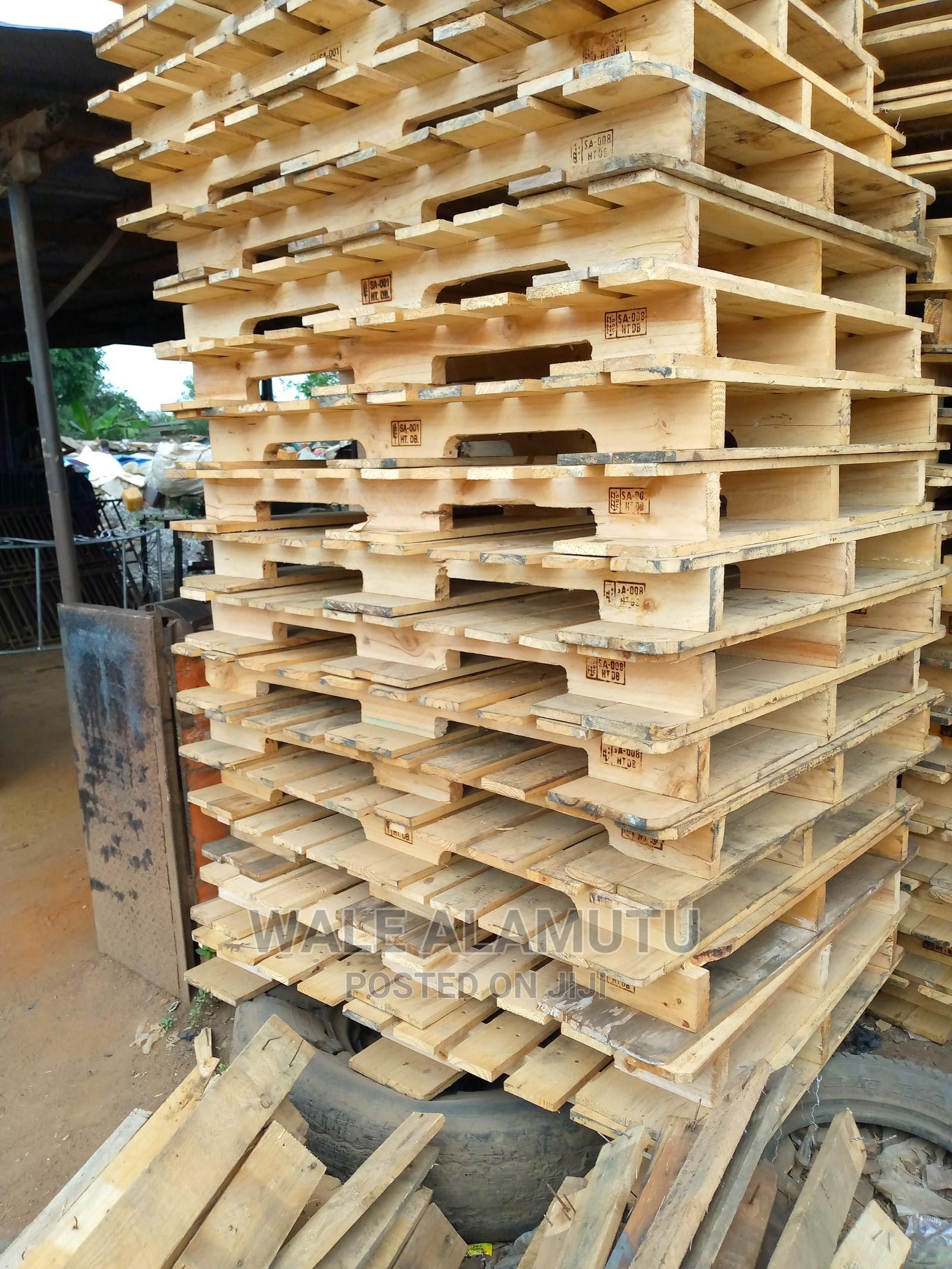 Imported Wooden Pallet