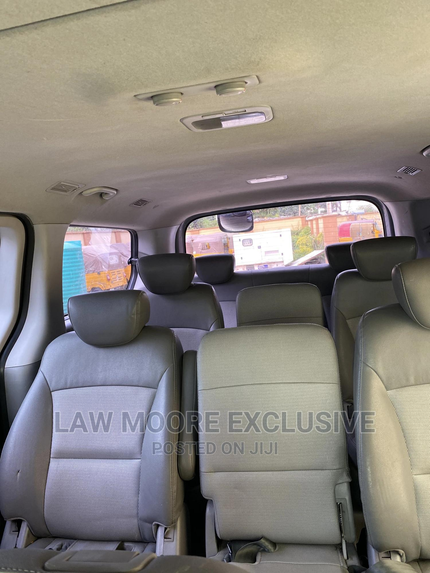 Hyundai Grand Starex Bus 2012 | Buses & Microbuses for sale in Gwarinpa, Abuja (FCT) State, Nigeria