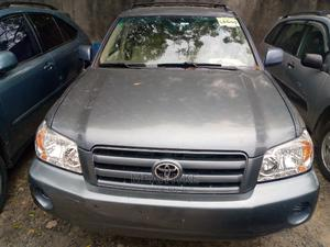 Toyota Highlander 2004 V6 FWD Blue   Cars for sale in Lagos State, Amuwo-Odofin