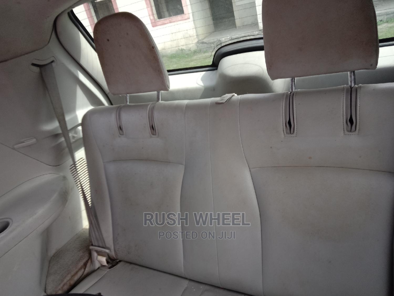 Archive: Toyota Highlander 2009 Red