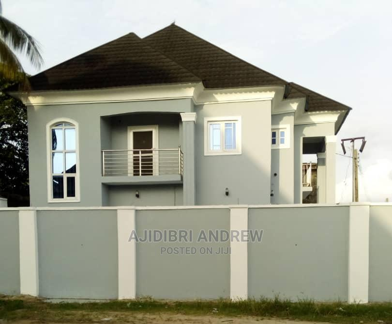 Furnished 4bdrm Duplex in Commissioner.Rd. Off, Warri for Sale