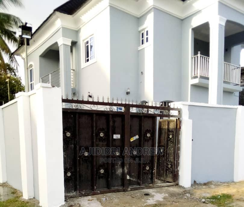 Furnished 4bdrm Duplex in Commissioner.Rd. Off, Warri for Sale | Houses & Apartments For Sale for sale in Warri, Delta State, Nigeria