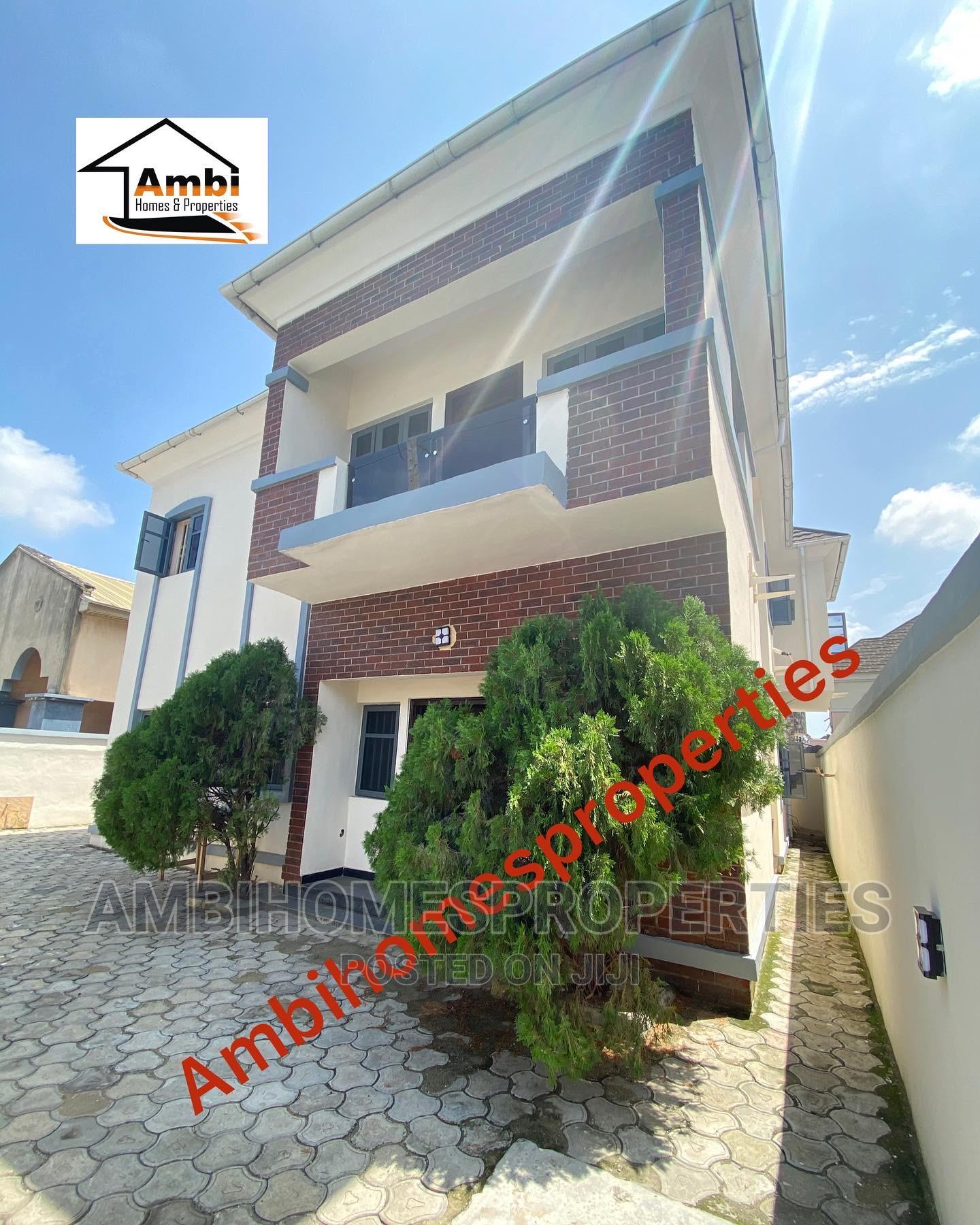 5bdrm Duplex in Chevron Axis, Lekki for Sale