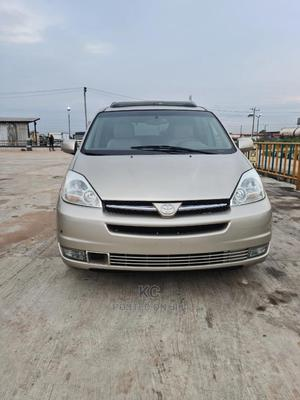 Toyota Sienna 2004 Gold   Cars for sale in Imo State, Owerri