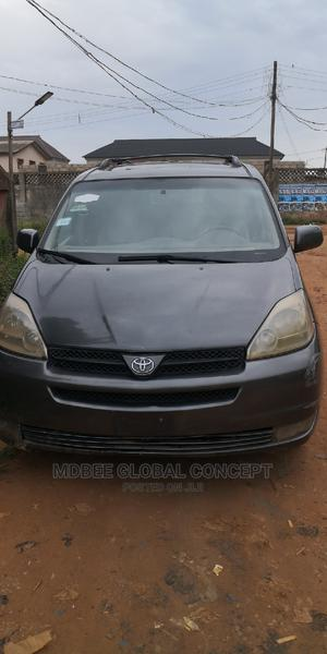 Toyota Sienna 2004 Gray | Cars for sale in Lagos State, Ipaja