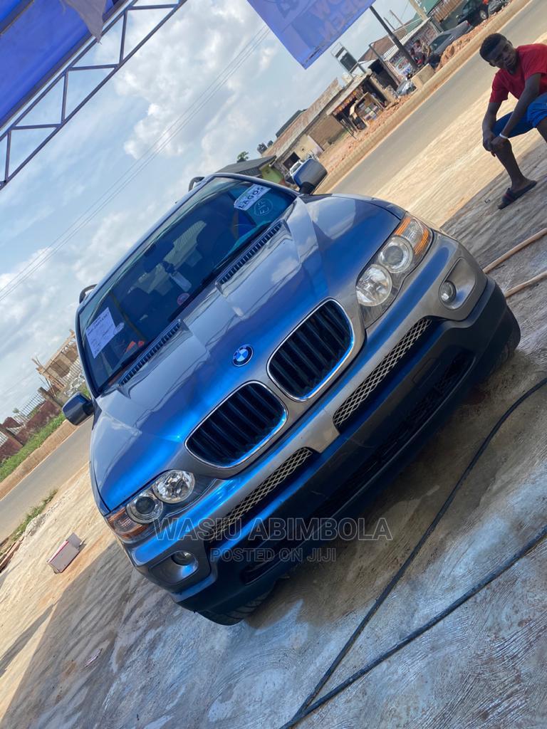 Archive: BMW X5 2004 3.0i Sports Activity Gray