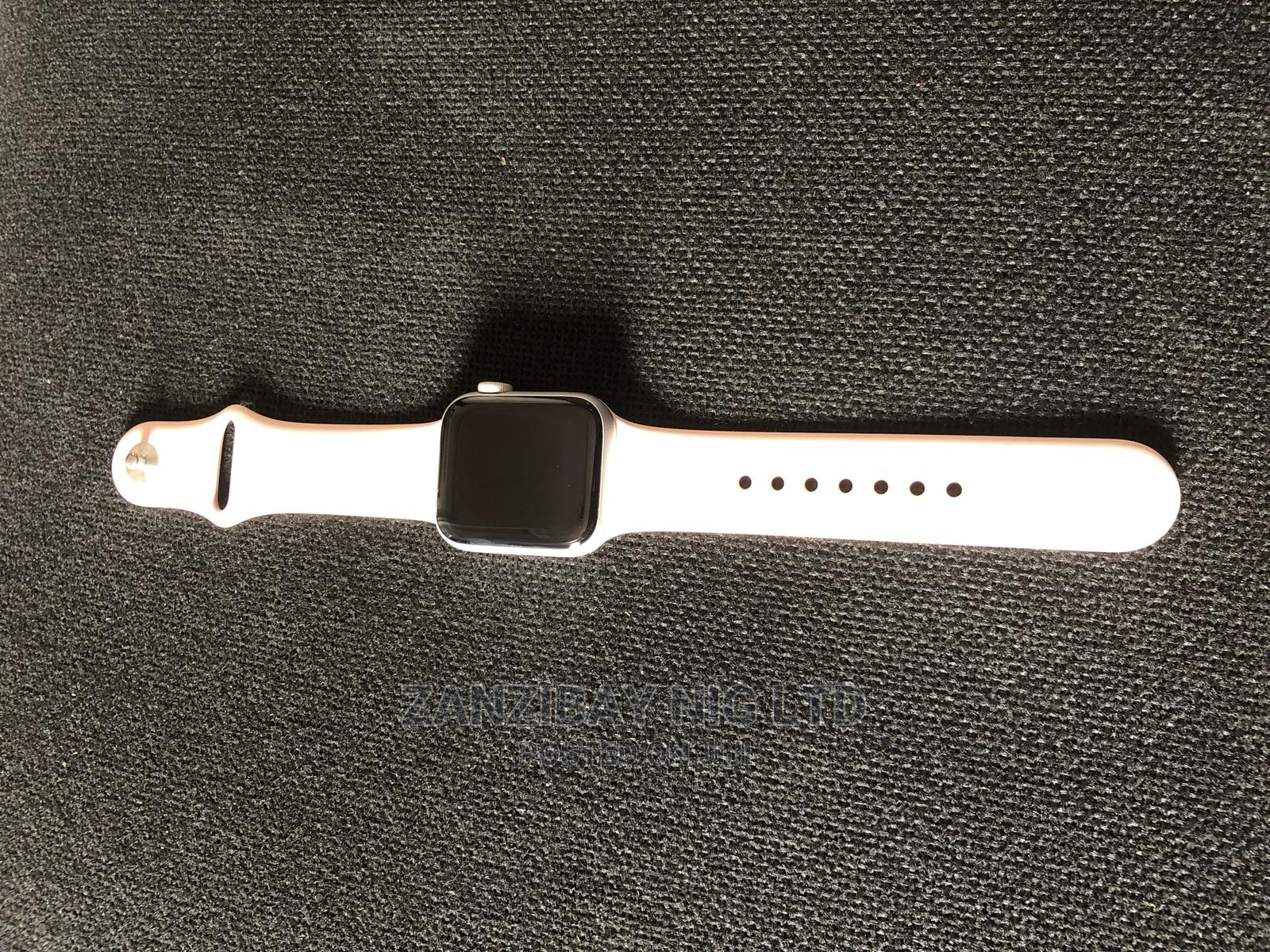 Archive: Iwatch Series 6 40mm Gps