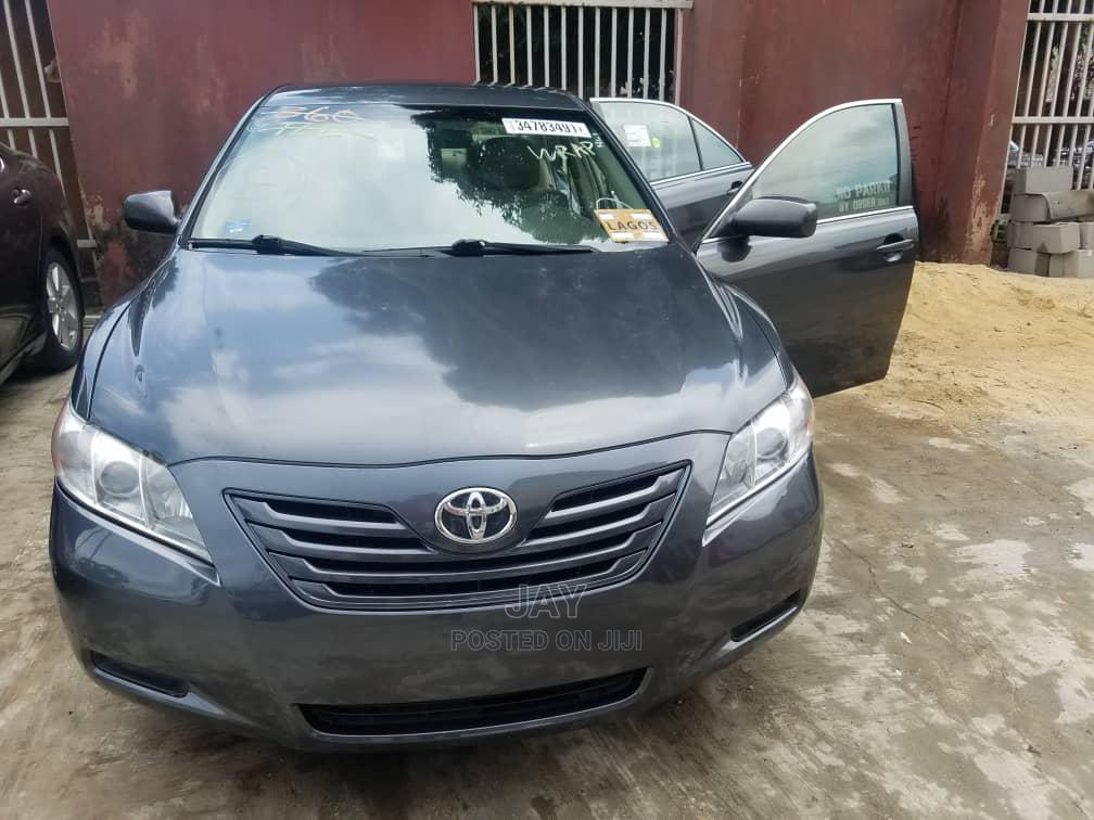 Archive: Toyota Camry 2009 Gray