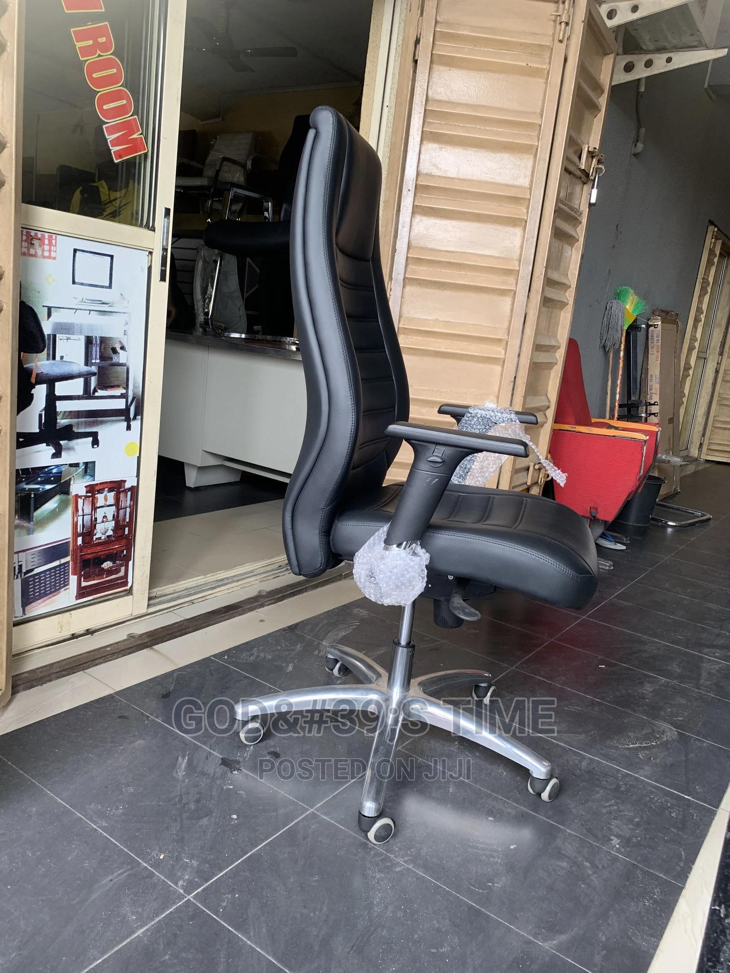 Classic Executive Office Chair   Furniture for sale in Ojo, Lagos State, Nigeria