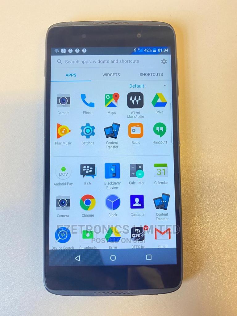 Archive: BlackBerry DTEK50 16 GB Black
