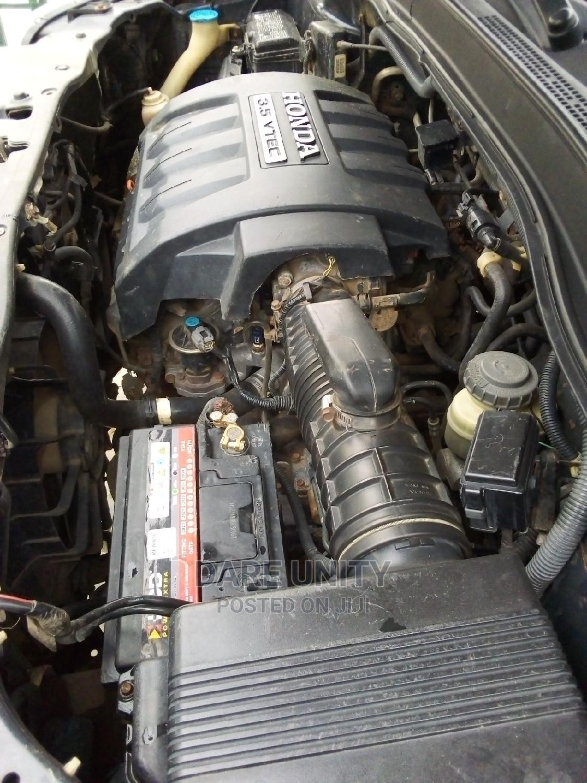 Archive: Honda Pilot 2006 EX 4x2 (3.5L 6cyl 5A) Gray