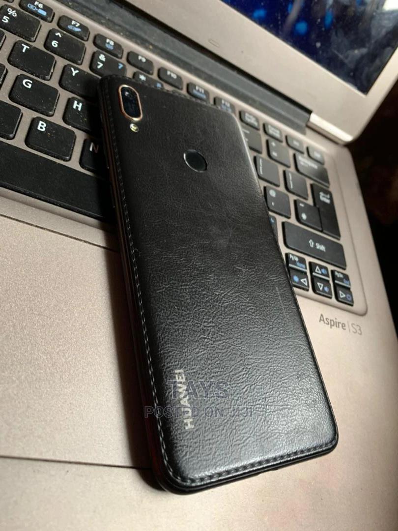Huawei Y5 32 GB Black