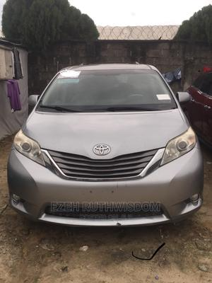 Toyota Sienna 2011 LE 7 Passenger Silver | Cars for sale in Lagos State, Ajah