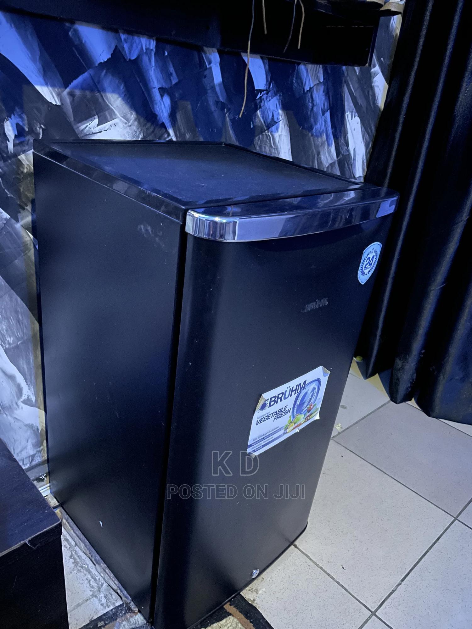 Bruhm Refrigerator