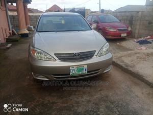 Toyota Camry 2004 Gold   Cars for sale in Lagos State, Ikorodu