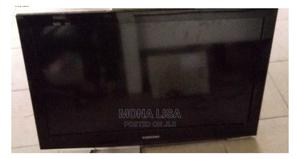 """32"""" Samsung Flat Screen TV   TV & DVD Equipment for sale in Lagos State, Surulere"""