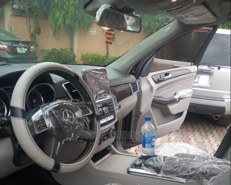 Archive: Mercedes-Benz M Class 2013 Brown