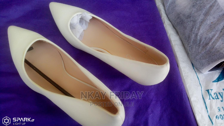 Archive: Uk White Court Shoe