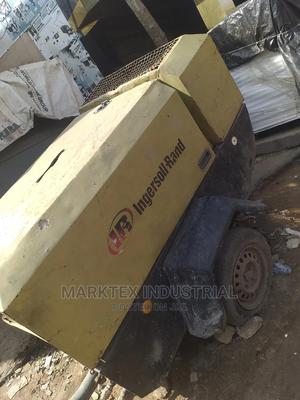 4 Cylinder Mobile Air Compressor   Vehicle Parts & Accessories for sale in Lagos State, Ojo