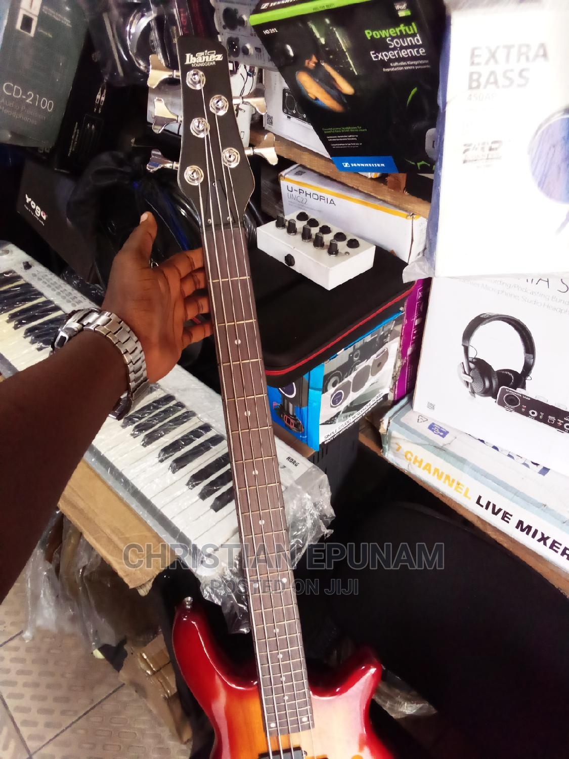 5 Strings Bass Guitar   Musical Instruments & Gear for sale in Port-Harcourt, Rivers State, Nigeria