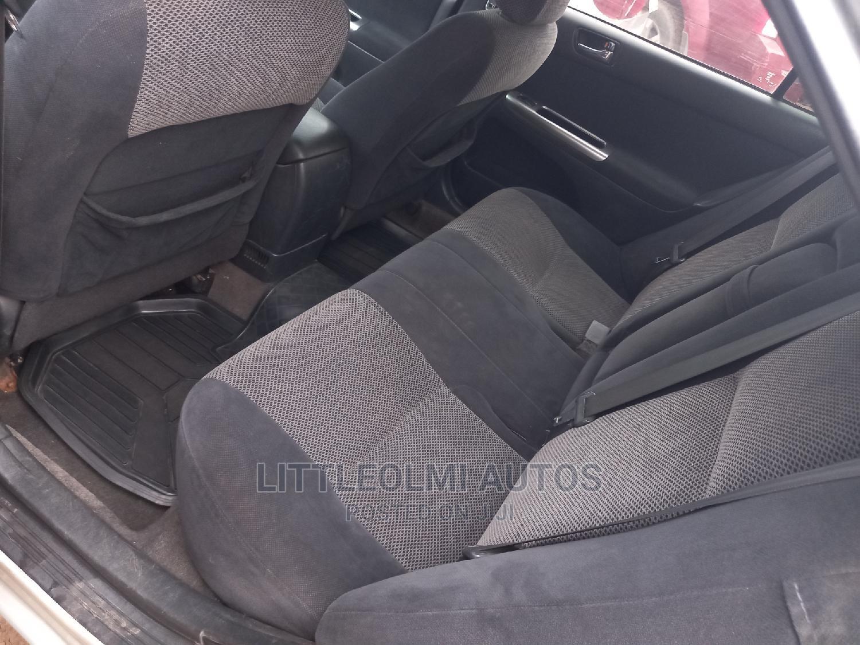 Toyota Camry 2005 Silver | Cars for sale in Ifako-Ijaiye, Lagos State, Nigeria