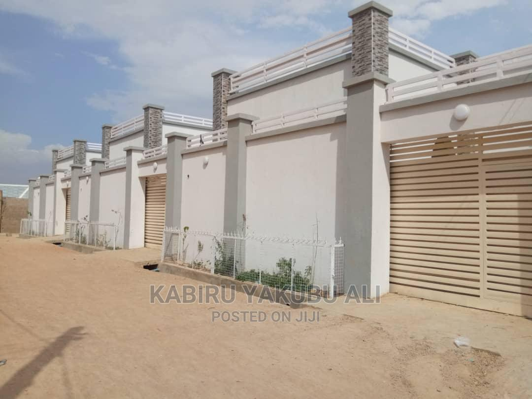 3bdrm Bungalow in Kata, Mariri, Kumbotso for Sale