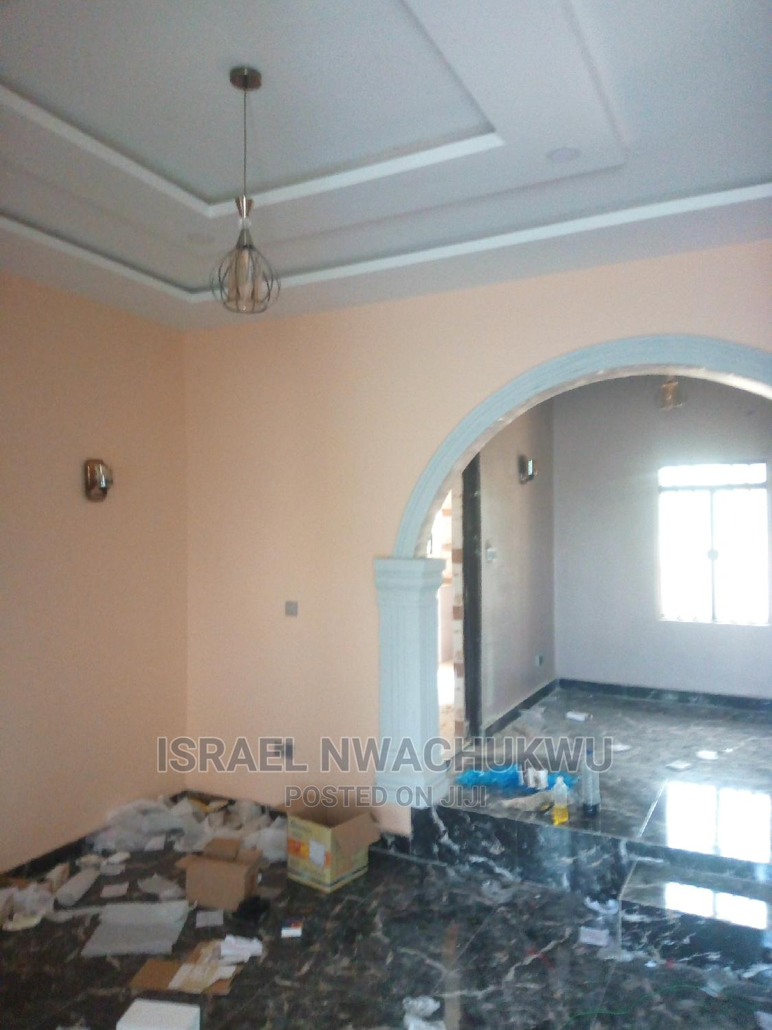 Archive: Furnished 2bdrm Apartment in Warri for Rent