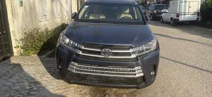 Toyota Highlander 2016 XLE V6 4x4 (3.5L 6cyl 6A) Blue | Cars for sale in Lagos State, Surulere