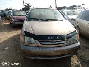 Toyota Sienna 2003 Gold   Cars for sale in Lagos State, Apapa