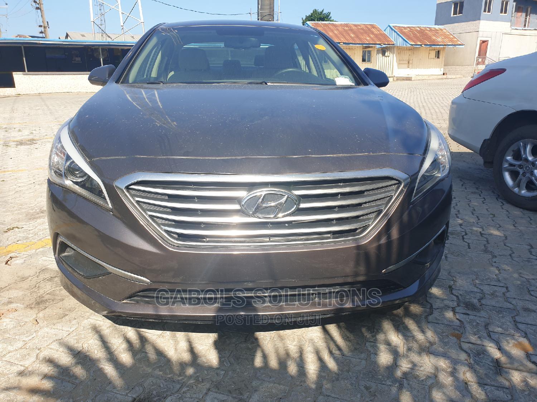 Archive: Hyundai Sonata 2016 Brown
