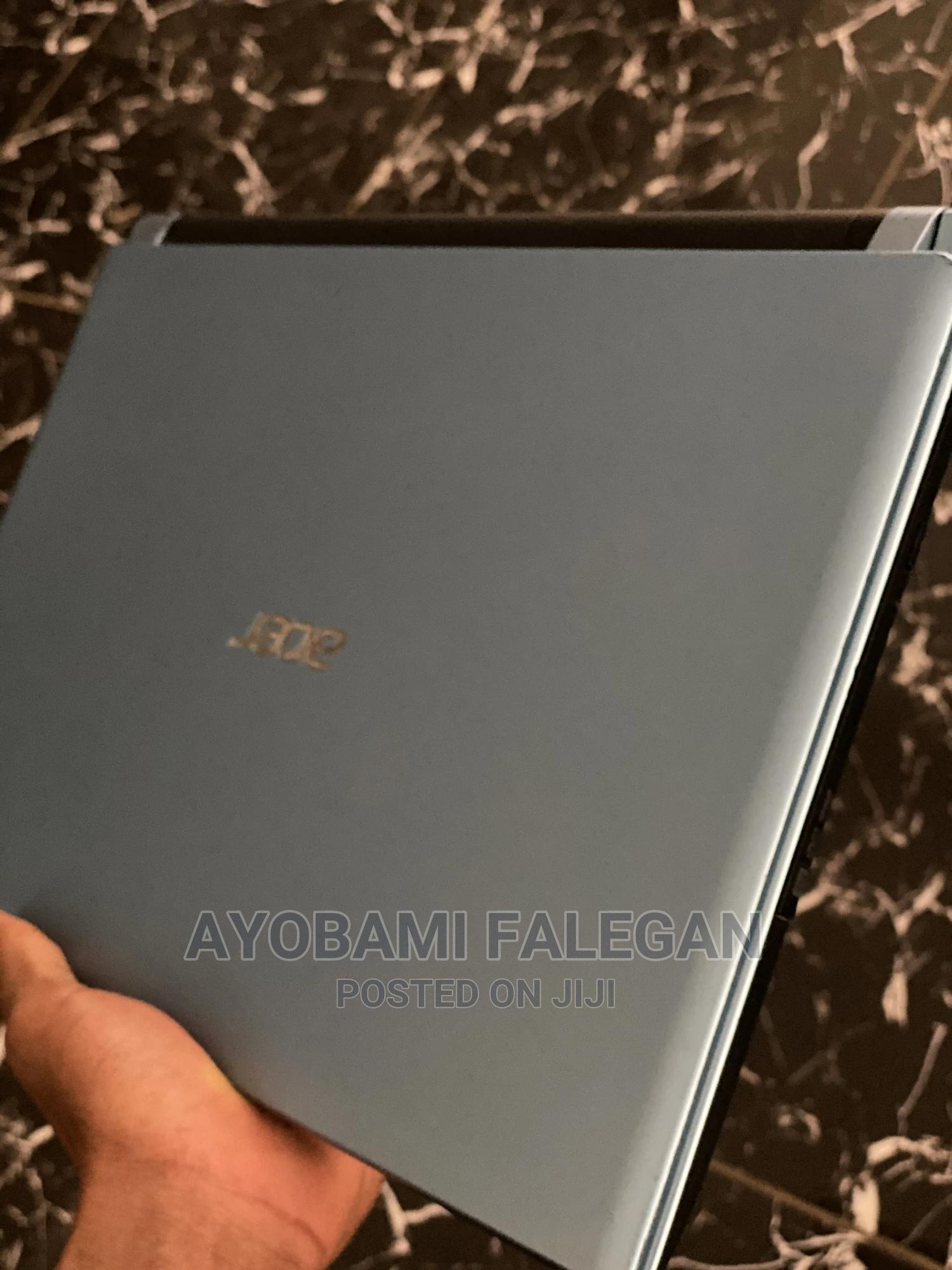 Archive: Laptop Acer Aspire V5-431 4GB Intel SSHD (Hybrid) 256GB