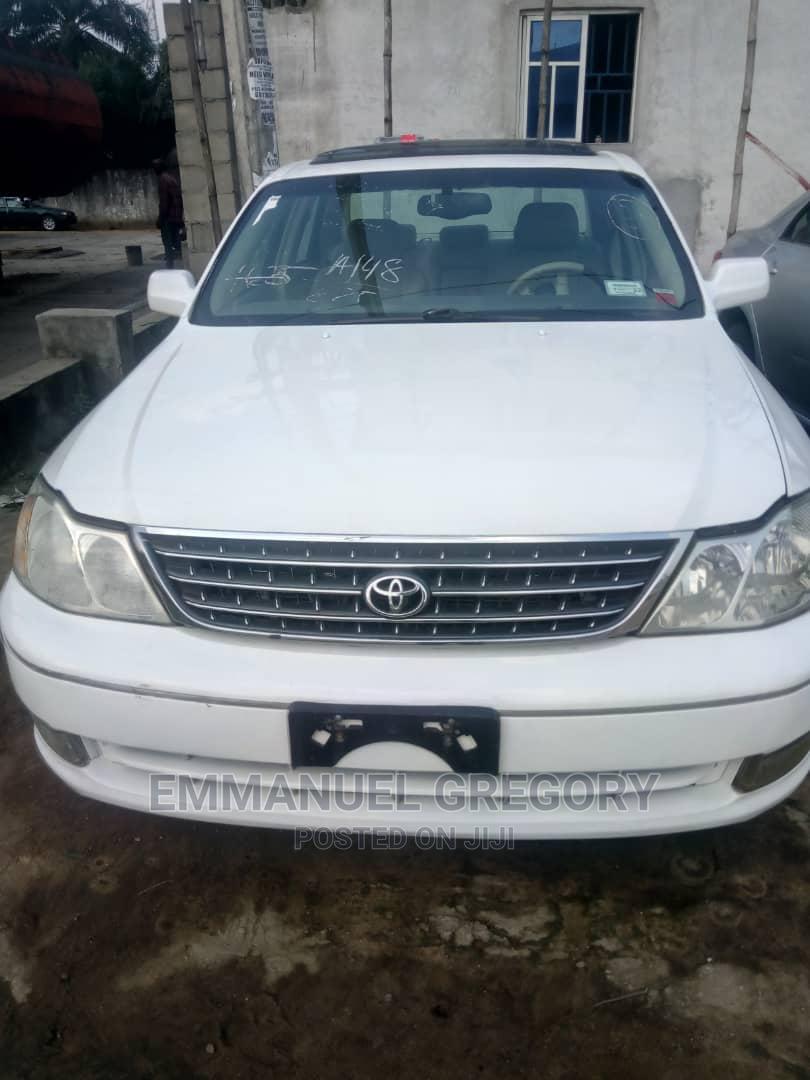 Archive: Toyota Avalon 2004 XL White
