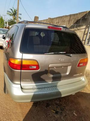 Toyota Sienna 1999 XLE Gray | Cars for sale in Lagos State, Alimosho