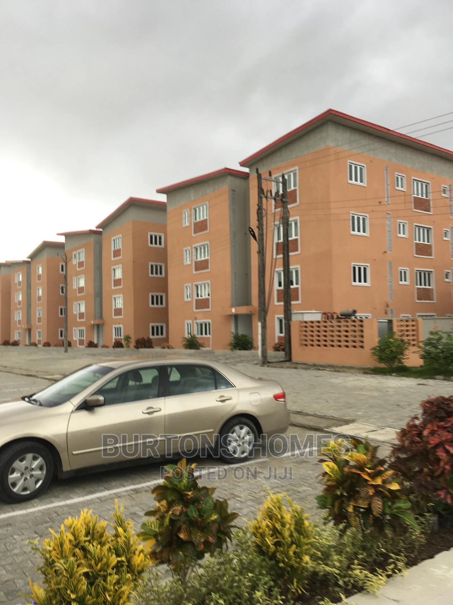 3bdrm Apartment in Apartment Estate -, Ajah for Sale
