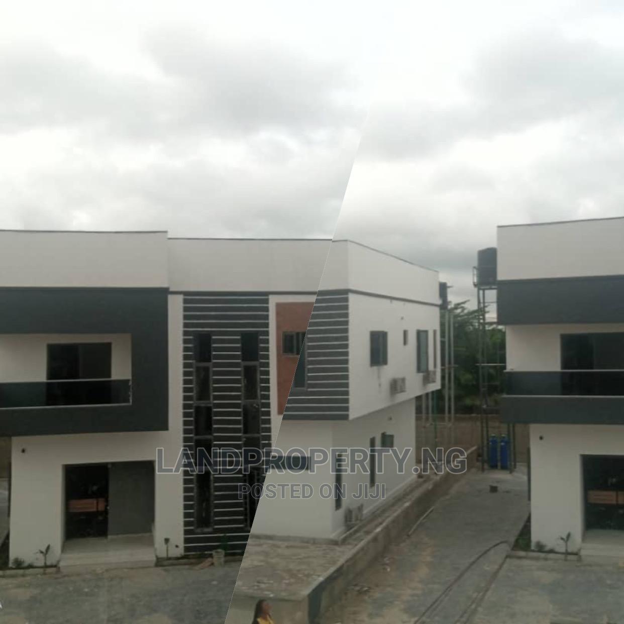 3bdrm Duplex in Amazing 3 Bedroom , Lekki for Sale