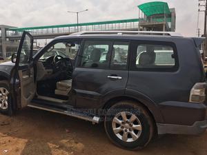 Mitsubishi Pajero 2009 3.8 V6 GLS/GLX Gray | Cars for sale in Lagos State, Oshodi