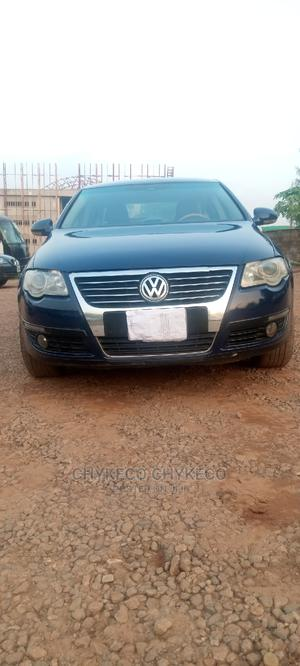Volkswagen Passat 2009 2.0 Komfort Blue | Cars for sale in Abuja (FCT) State, Central Business Dis