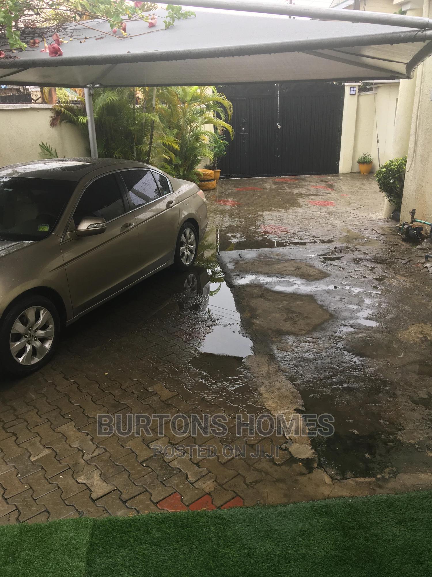 2bdrm Bungalow in Oba Adeyinka Estate, Lekki for Rent